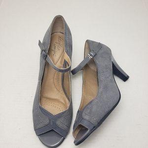 Dexflex Comfort Gray Peep Toe Buckle Suede Heels